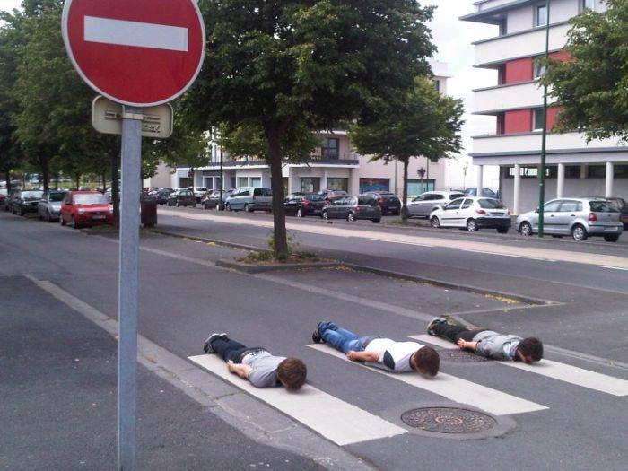 Planking - zabawa w leżenie 16