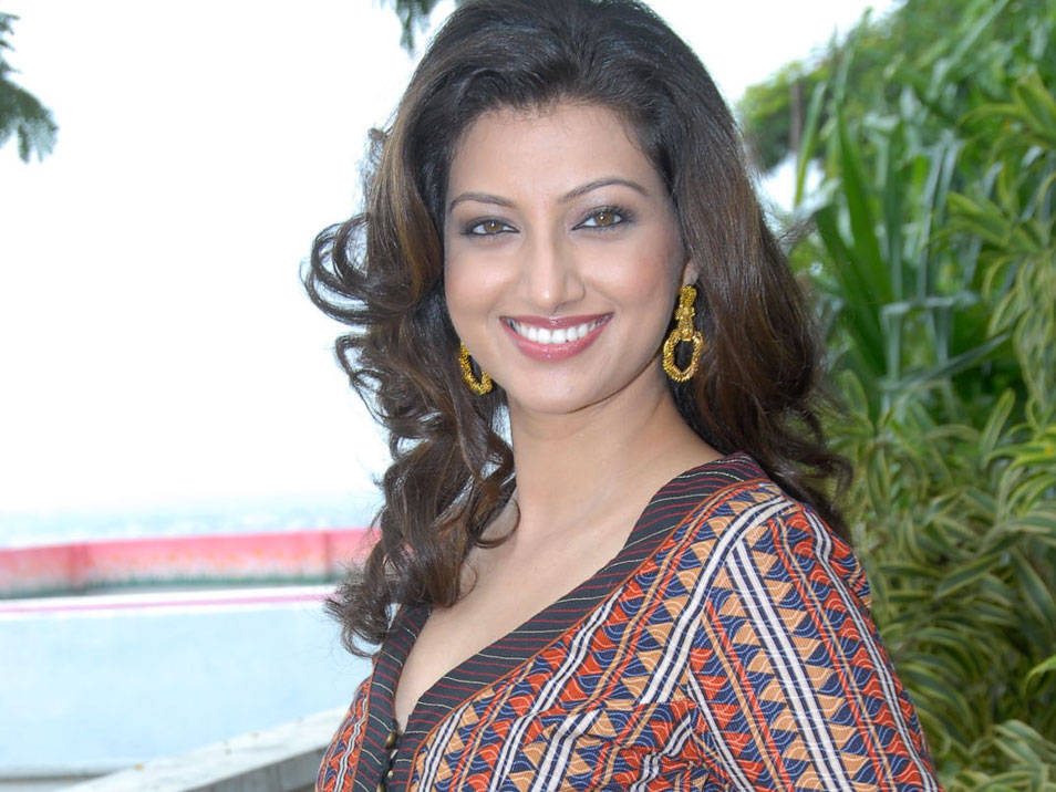 HAMSA NANDINI LATEST PHOTOSHOOT hot photos