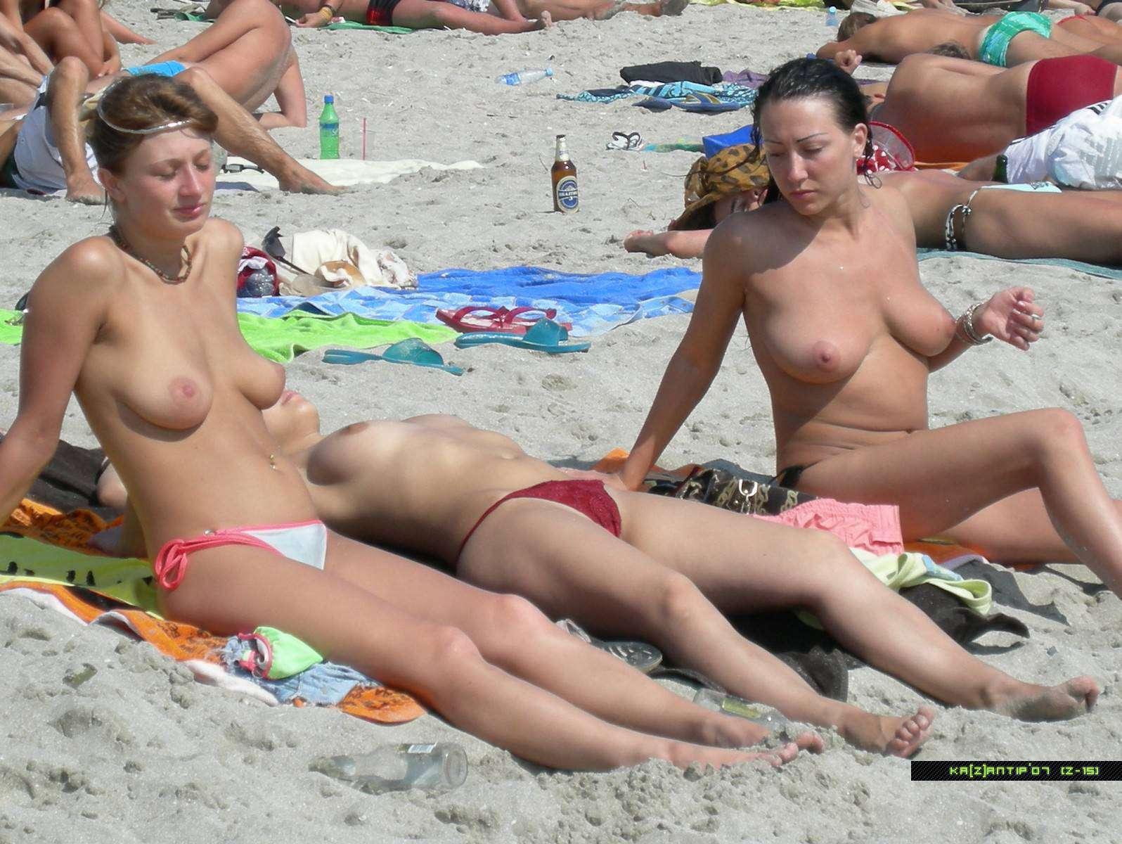 Фото голой на пляже на казантипе 9 фотография