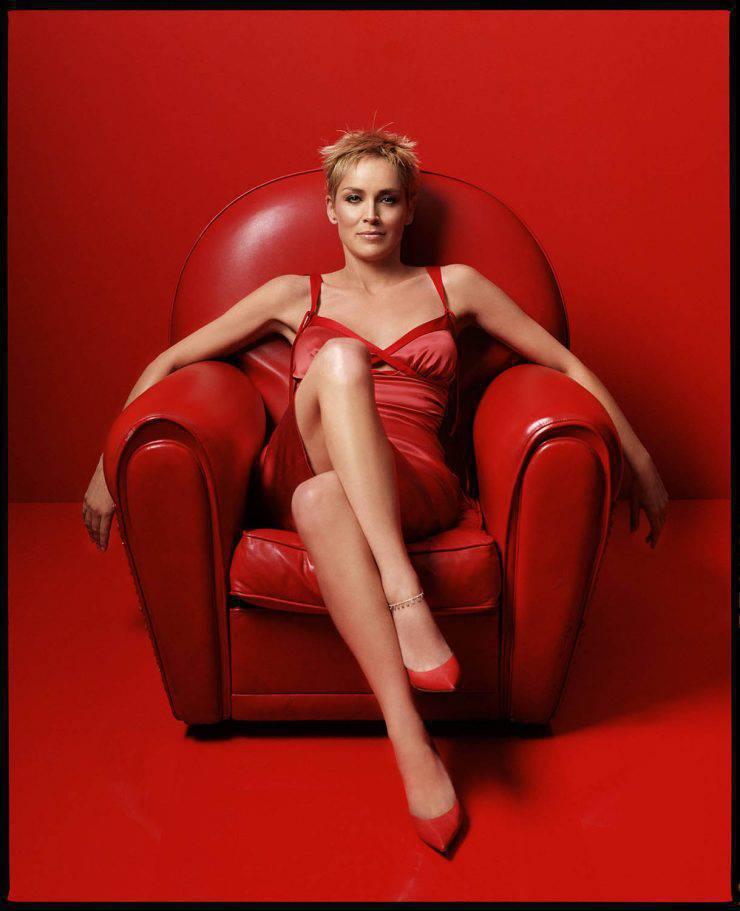 Piękne kobiece nogi. 77