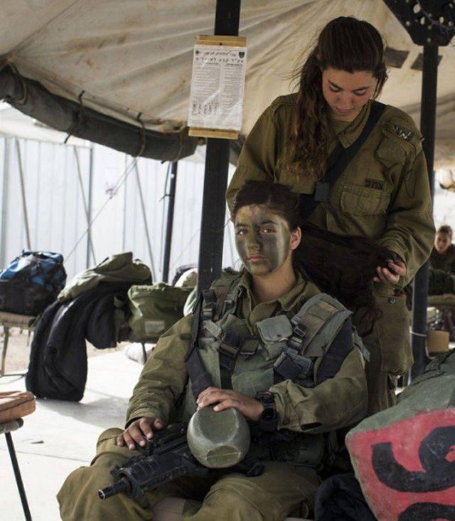 Kobiety w armii 22