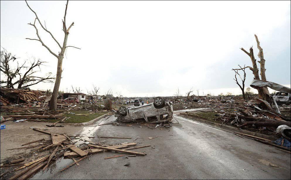 Po przejściu tornada 19