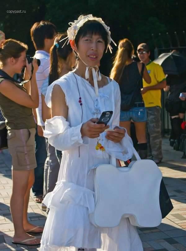 Najdziwniejsze trendy w Japońskiej modzie 41