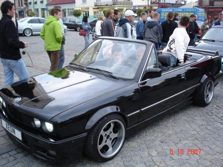 BMW e30 71