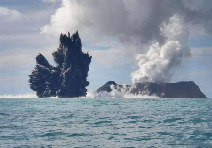Erupcja podwodnego wulkanu 5