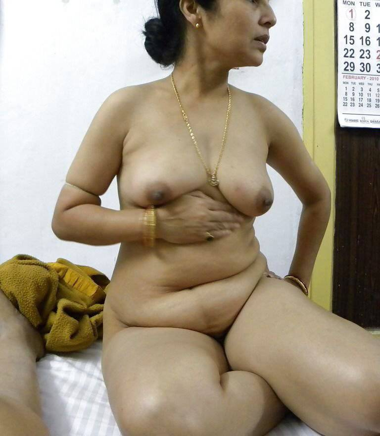 Indian mature hairy clip