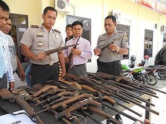 14647017683a51bdc0199f496cc6a22a52744e18 Buntut Penikaman dan Penembakan Usai Kibotan Warga Serahkan 28 Senjata