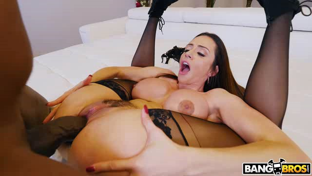 MonstersOfCock 18 04 01 Ariella Ferrera XXX