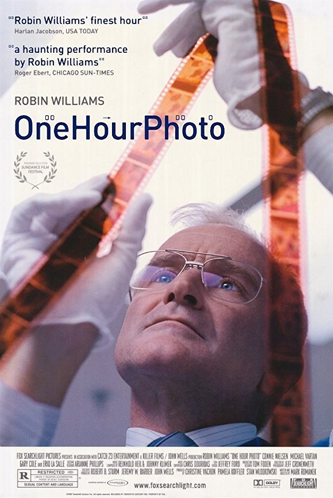 One Hour Photo 2002 1080p BluRay H264 AAC-RARBG