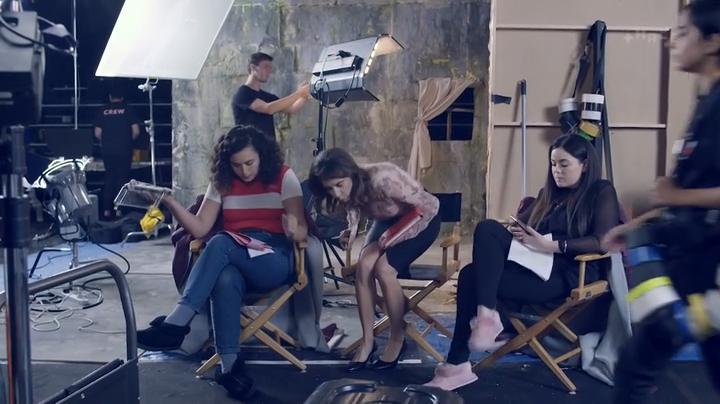 Funny Girls NZ S03E01 HDTV x264-FiHTV